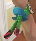 Duct-tape-craft-bracelet-clasp